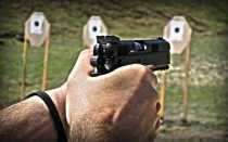 Правильная стрельба из пистолета: FAQ для начинающих