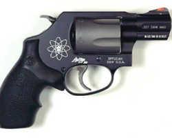 Smith & Wesson Model 360PD револьвер